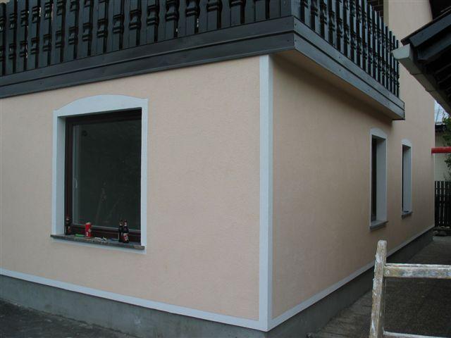 Končana fasada objekta z Rofix silikatnim zaključnim ometom