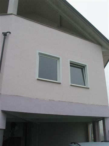Lepljenje fasadne mrežice z lepilom Caparol