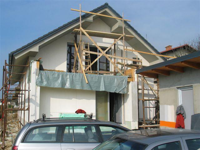 Lepljenje fasadne mrežice z lepilom (Marmorit)