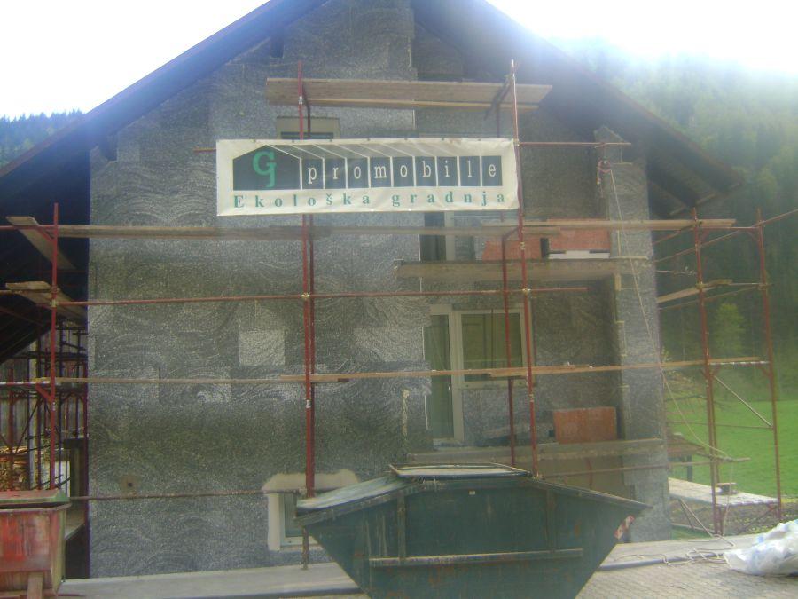 Izdelava toplotne izolacije fasade iz grafitnega stiroporja Caparol