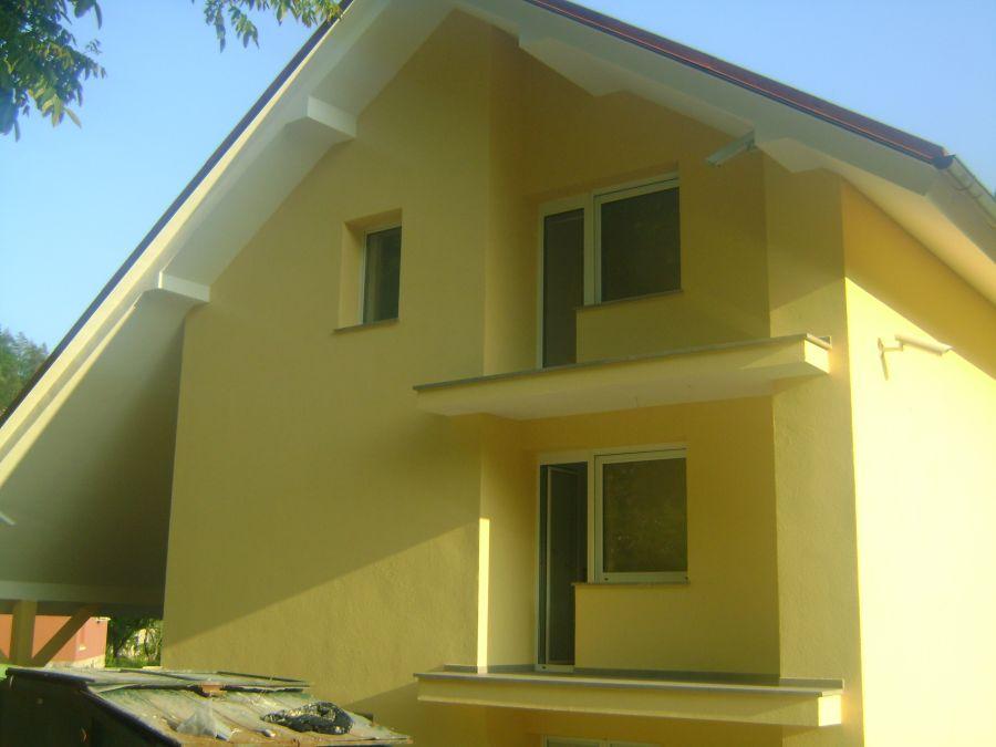 Končana fasada objekta z zaključnim slojem Caparol