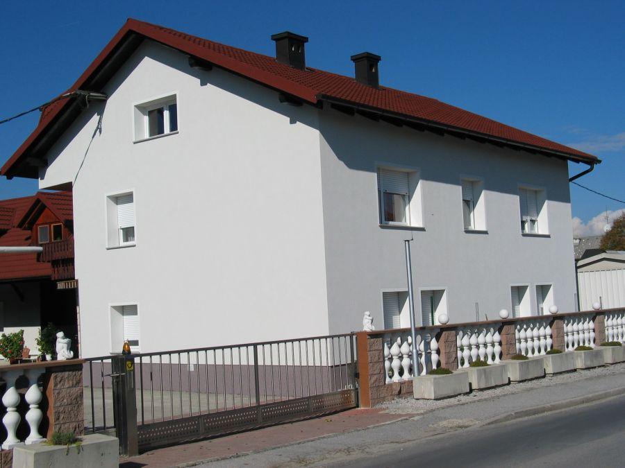 Končana fasada objekta Rofix silikat