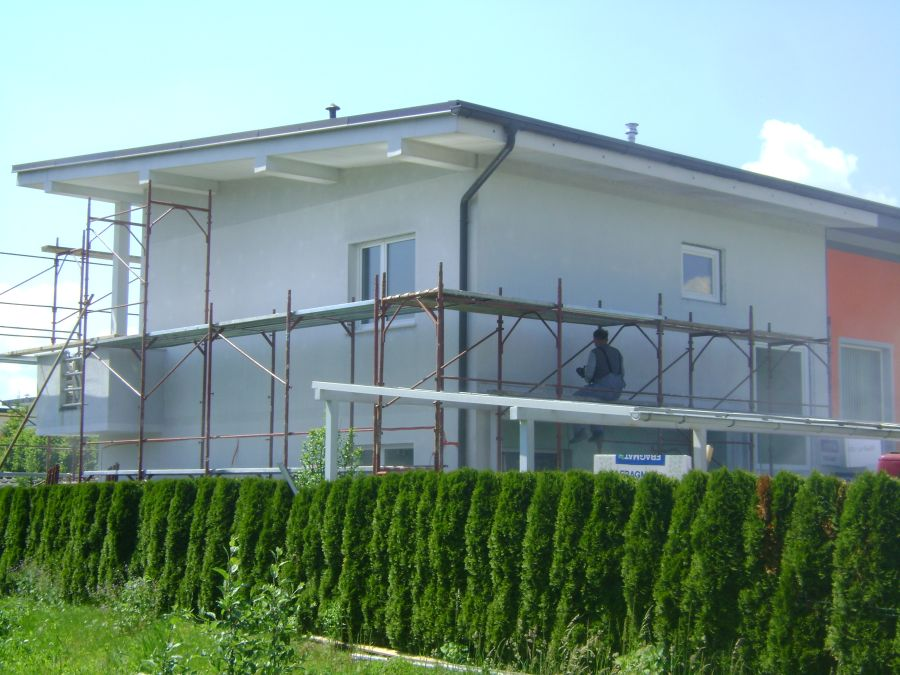 Lepljenje fasadne mrežice z lepilom, sistem Baumit