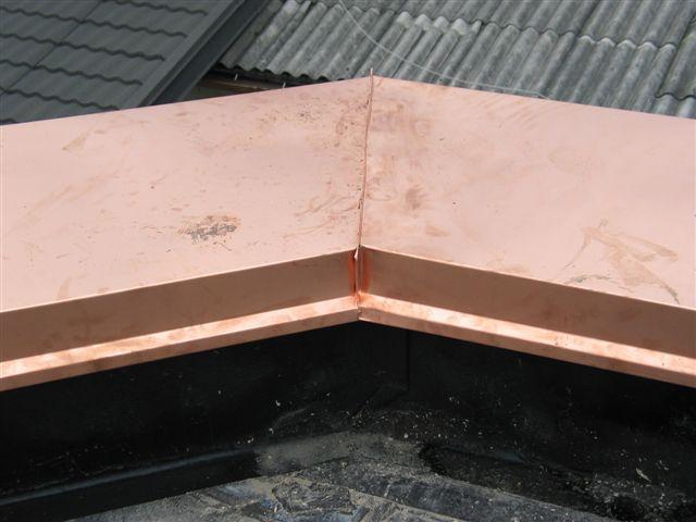Streha - Galerija 16