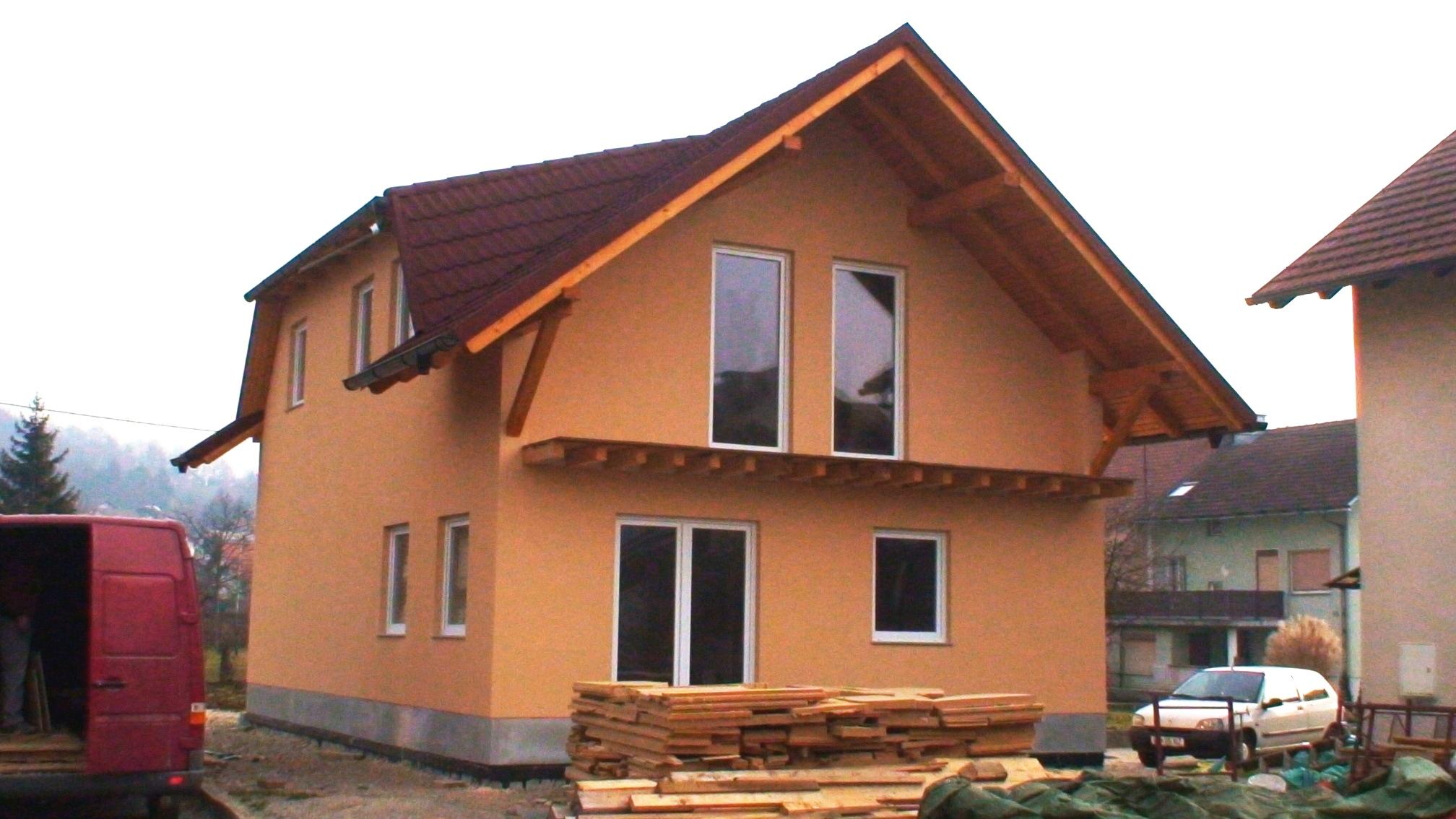 Izvedba temeljne armiranobetonske plošče za tri litersko nizkoenergetsko hišo